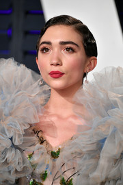 Rowan Blanchard channeled the '20s with this finger wave at the 2019 Vanity Fair Oscar party.