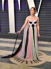 Selma Blair was eye candy in a multicolored Ralph & Russo Couture strapless gown with a matching cape at the 2019 Vanity Fair Oscar party.