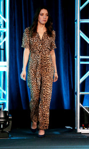 Aubrey Plaza was casual-chic in a leopard-print jumpsuit at the 2019 Winter TCA Tour.