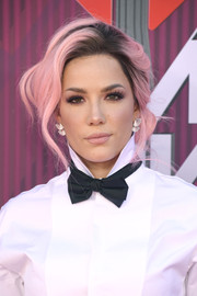 Halsey rocked a pink-dyed side chignon at the 2019 iHeartRadio Music Awards.