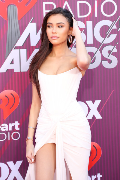 More Pics of Madison Beer Diamond Ring (5 of 9) - Gemstone Rings Lookbook - StyleBistro [red carpet,clothing,beauty,lady,shoulder,dress,leg,thigh,fashion model,long hair,model,madison beer,iheartradio music awards,commercial use,california,los angeles,microsoft theater,fox]
