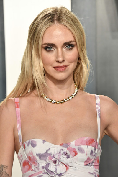 Chiara Ferragni flaunted a gorgeous gold necklace by Pomellato at the 2020 Vanity Fair Oscar party.