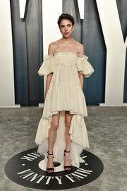 Margaret Qualley went boho in an off-the-shoulder, high-low dress by Giambattista Valli at the 2020 Vanity Fair Oscar party.
