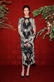 Hilary Rhoda exuded classic sophistication in a monochrome lace cocktail dress by Dolce & Gabbana during Artwalk NY.