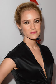 Kristin Cavallari kept her look simple and cool with a classic bobby pinned updo.