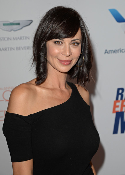 More Pics of Catherine Bell Short Wavy Cut (4 of 7) - Short Wavy Cut Lookbook - StyleBistro