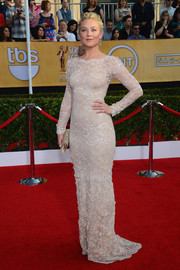 Elisabeth Rohm looked immaculate at the SAG Awards in a white lace gown by Marchesa.