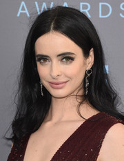 Krysten Ritter kept it laid-back with this mildly messy, center-parted 'do at the Critics' Choice Awards.