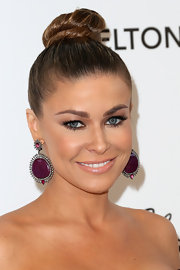 Carmen Electra opted for classic rubies and diamonds for Elton John's Oscar party with these African ruby and diamond dangle earrings.