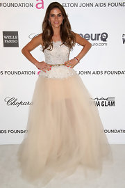Weronika Rosati looked feminine and soft in a corset top gown with a full tulle skirt.