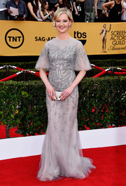Gretchen Mol looked very queenly at the SAG Awards in a beaded gray chiffon gown by Dennis Basso.