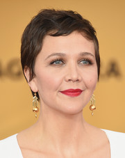 Maggie Gyllenhaal attended the SAG Awards wearing her never-changing pixie.