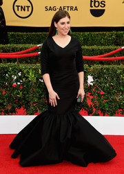 Mayim Bialik went for goth drama in a black Christian Siriano mermaid gown at the SAG Awards.