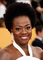 Viola Davis looked groovy with her afro at the SAG Awards.