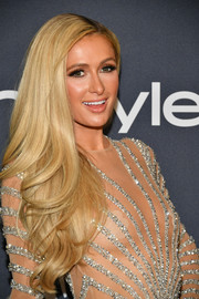 Paris Hilton showed off a glamorous wavy 'do at the Warner Bros. and InStyle Golden Globes after-party.