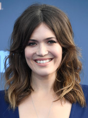 Mandy Moore attended the Critics' Choice Awards looking retro-glam with this teased wavy hairstyle.