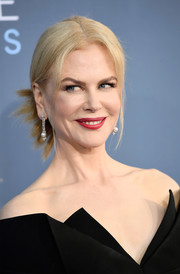 Nicole Kidman sported an edgy, twisty chignon at the Critics' Choice Awards.