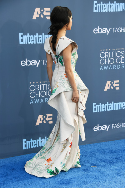 More Pics of Constance Wu Pink Lipstick (1 of 6) - Constance Wu Lookbook - StyleBistro [clothing,shoulder,hairstyle,dress,premiere,fashion,joint,red carpet,fashion model,carpet,arrivals,constance wu,santa monica,california,barker hangar,annual critics choice awards]