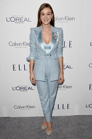 Carey Mulligan's pastel-blue Marc Jacobs tuxedo at the Elle Women in Hollywood Awards was a fun way to suit up!