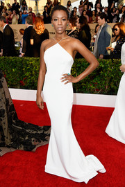 Samira Wiley was svelte and sophisticated in a white halter gown by Christian Siriano during the SAG Awards.