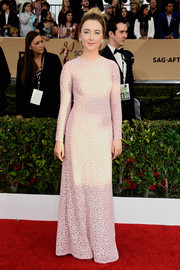 Saoirse Ronan kept it modest and classy in a pale-pink sequin gown by Michael Kors at the SAG Awards.
