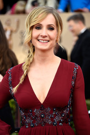 Joanne Froggatt went for boho charm with this loose side braid at the SAG Awards.