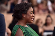 Uzo Aduba swept her hair back into a messy updo for the SAG Awards.
