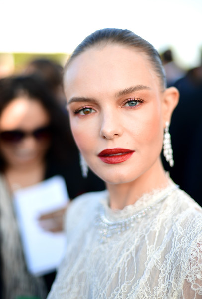 More Pics of Kate Bosworth Velvet Clutch (12 of 12) - Kate Bosworth Lookbook - StyleBistro