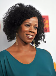 Kim Wayans wore a pair of gorgeous gold fringe earrings to the 23rd GLAAD Media Awards.