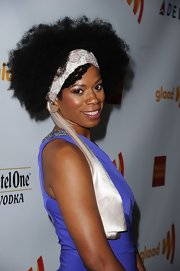 Kim Wayans had her curls tied up with a pretty headband at the the 23rd GLAAD Media Awards.