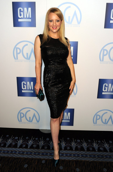 Wendi McLendon-Covey shined in a sleek LBD at the Producers Guild Awards.