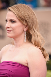 Anna Chlumsky topped off her look with sweet spiral curls when she attended the SAG Awards.