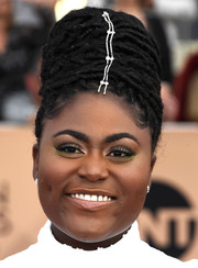 Danielle Brooks rocked a  beehive at the SAG Awards.