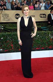 Amy Adams opted for a sleeveless, V-neck black gown by Brandon Maxwell when she attended the SAG Awards.