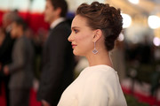 Natalie Portman styled her hair into a messy, twisty updo for the SAG Awards.
