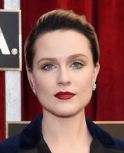 Evan Rachel Wood wore her short hair in a neat brushed-back style when she attended the SAG Awards.
