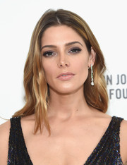 Ashley Greene looked lovely with her soft waves at the Elton John AIDS Foundation Oscar viewing party.