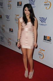 Fivel Stewart looked pretty in pale pink at the 25th Anniversary of Genesis Awards as she walked the red carpet with her pair of cutout boots.