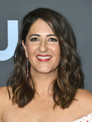 D'Arcy Carden wore her hair just past her shoulders in a chic wavy style at the 2020 Critics' Choice Awards.