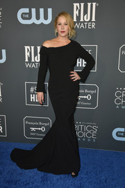 Christina Applegate kept it classic in a black off-one-shoulder mermaid gown at the 2020 Critics' Choice Awards.
