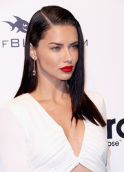 Adriana Lima looked gorgeous with her perfectly sleek 'do at the Elton John AIDS Foundation Oscar-viewing party.