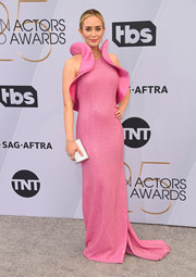 Emily Blunt was sweet and glam in a ruffled and beaded pink gown by Michael Kors at the 2019 SAG Awards.
