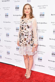 Natalie Portman looked enchanting in a hand-beaded lace maternity dress by Rodarte at the Gotham Independent Film Awards.