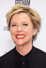 Annette Bening was rocker-chic with her messy cut at the 2016 Gotham Independent Film Awards.