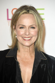 Melora Hardin wore a casual straight haircut at the 2019 Race to Erase MS Gala.