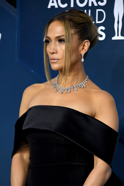 More Pics of Jennifer Lopez Messy Updo (6 of 28) - Jennifer Lopez Lookbook - StyleBistro [hair,shoulder,hairstyle,clothing,dress,joint,beauty,premiere,cocktail dress,neck,arrivals,jennifer lopez,screen actors guild awards,screen actors\u00e2 guild awards,california,los angeles,the shrine auditorium,jennifer lopez,celebrity,screen actors guild awards,los angeles,actor,fashion,tv personality,1990s,hairstyle,model]