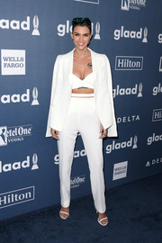 Ruby Rose made menswear look so alluring with this white Aquilano Rimondi jacket, pants, and crop-top combo at the GLAAD Media Awards.