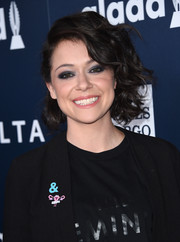 Tatiana Maslany got all dolled up with this half-pinned curled-out bob for the 2017 GLAAD Media Awards.