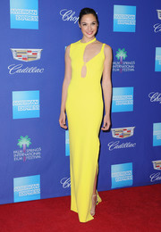 Gal Gadot was a standout in a lemon-yellow cutout gown by Esteban Cortazar at the Palm Springs International Film Festival Awards Gala.