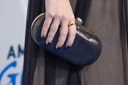 Sarah Hyland's midnight black nails featured a cool geometric pattern at the 2nd Annual American Giving Awards.